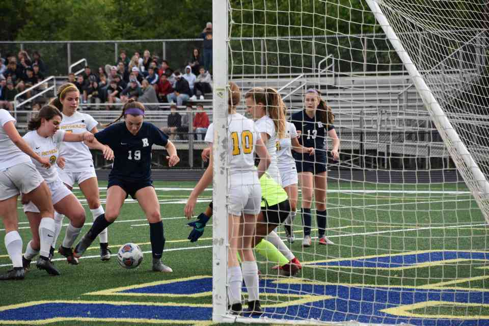 Isabelle Ingle scores the 2nd goal